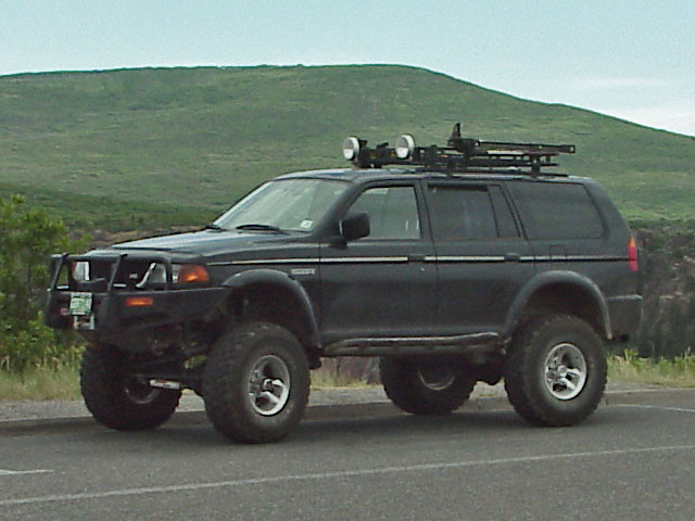 Another '97 Montero Sport SAS - Pirate4x4.Com : 4x4 and Off-Road Forum